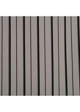 Crepé listado fondo blanco