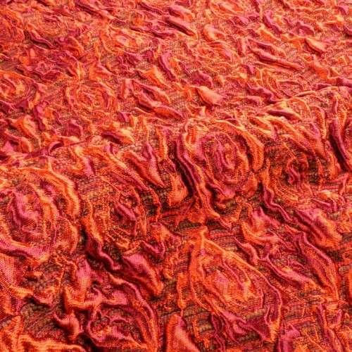 Brocado flores en tonos cálidos