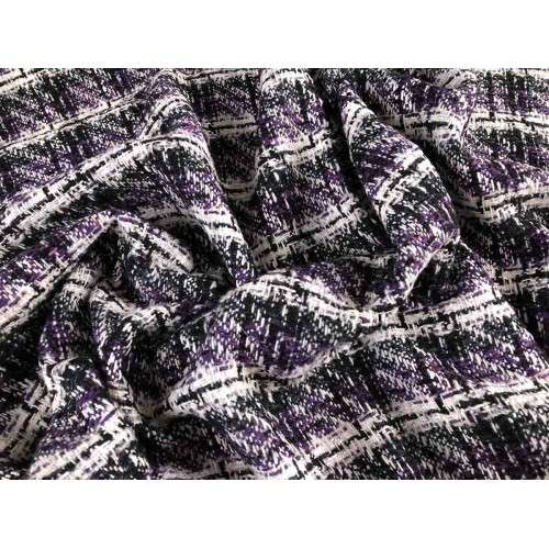 Chanel violeta,negro y blanco